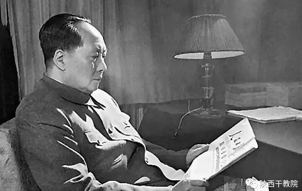 """毛泽东是怎么 """"发现""""延安和西柏坡的?"""